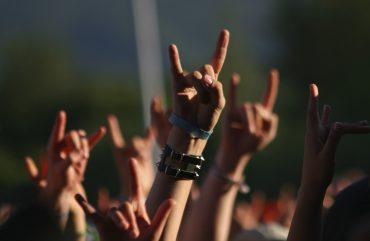 Conheça mais sobre as bandas de rock Coldplay, Green Day e Pitty