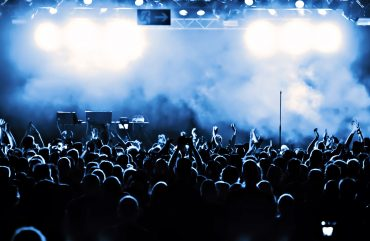 Triplo Rock! Venha saber mais sobre Detonautas, Guns'n'Roses e Legião Urbana