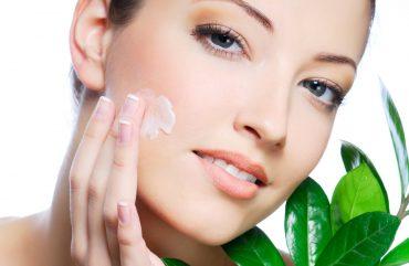 Água Termal + Ácido Hialurônico, resulta em um fortalecedor potente da pele.