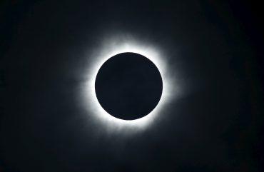 Eclipse do dia 21 de agosto será transmitido ao vivo!