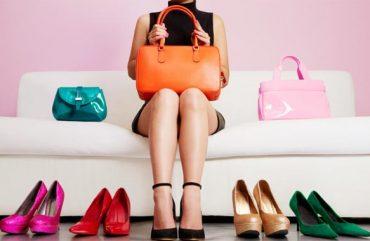 As Últimas Tendências em Bolsas e Sapatos Para o Verão