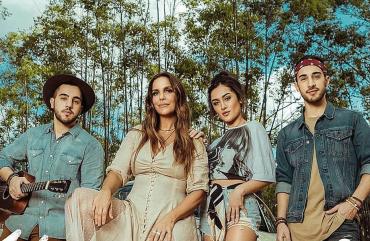 Ivete Sangalo divulga clipe do single 'Um Sinal'