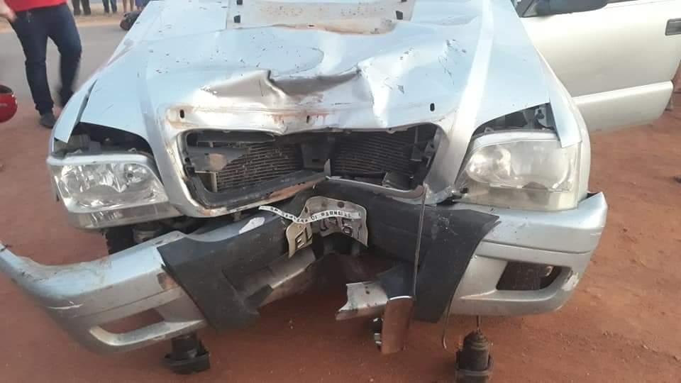 Motoqueiro morre após bater de frente com S-10; veja as fotos 4