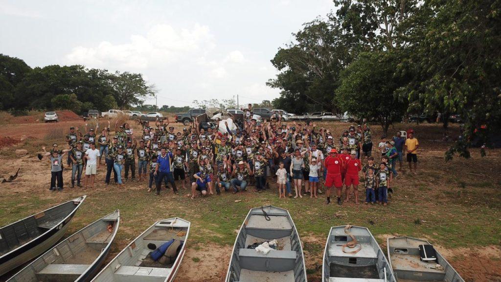Pescadores retiram mais de mil quilos de lixo das margens do Rio Teles Pires e Rio Verde 2