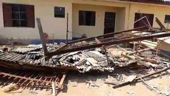 Casas ficam destelhadas após forte rajada de vento em Sorriso; veja fotos 3