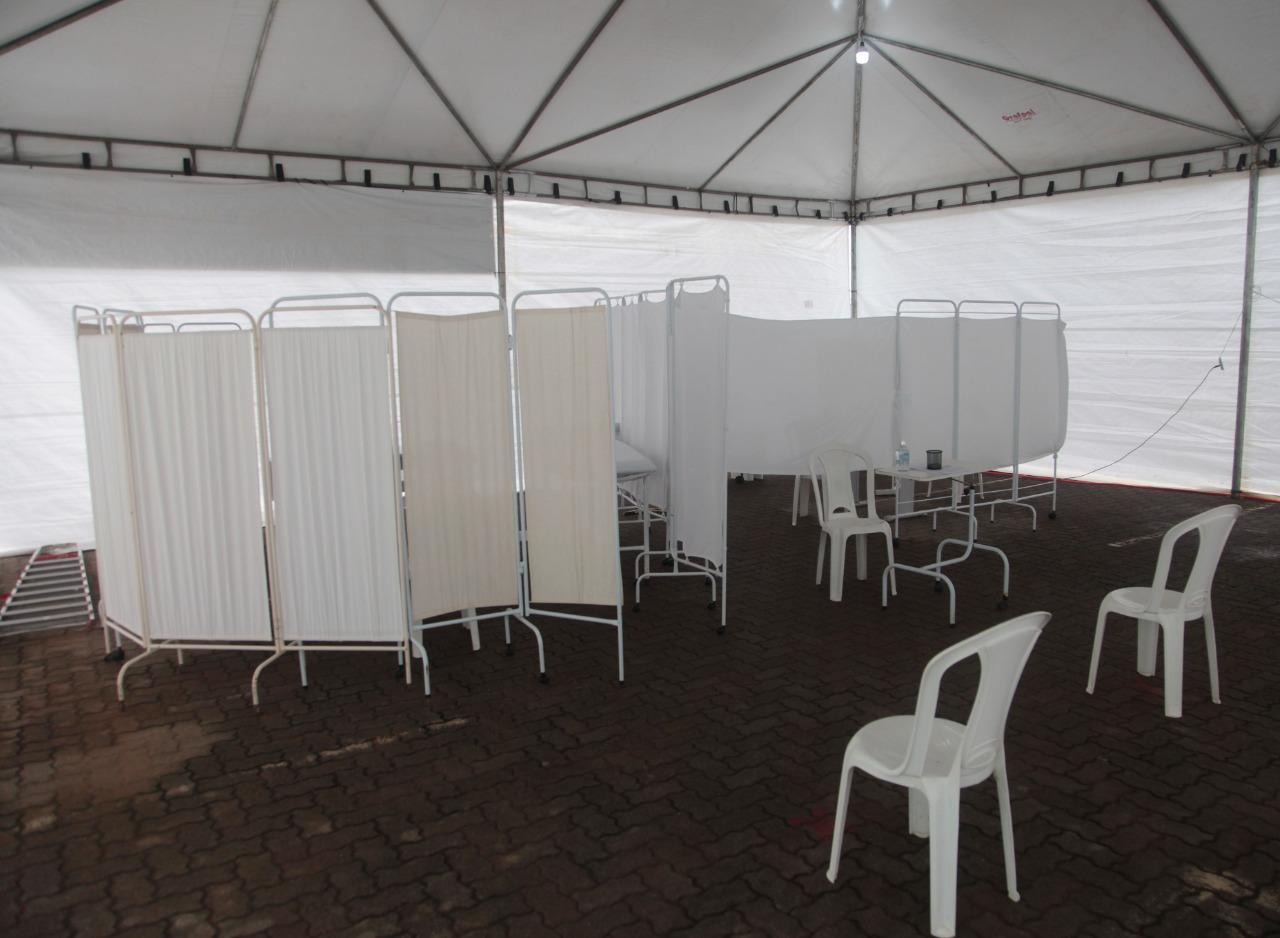 UPA implanta tenda para ampliar atendimento às pessoas com sintomas gripais 6