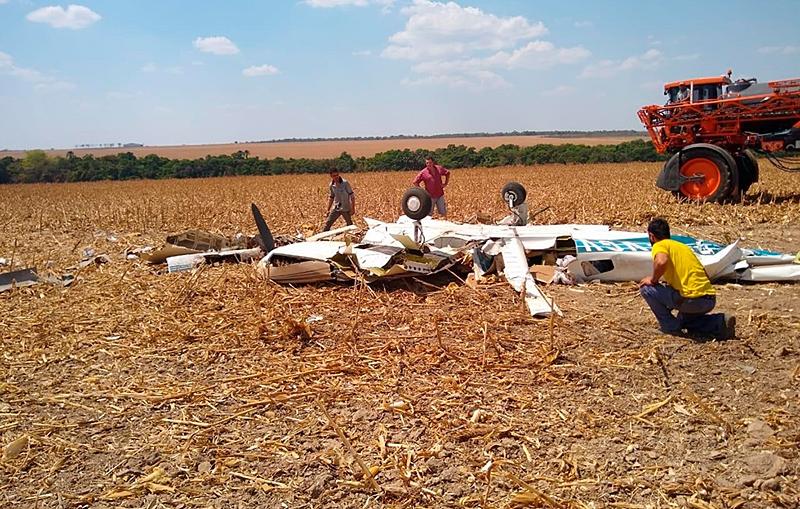 Piloto morre em queda de avião em fazenda no município de Nobres 4