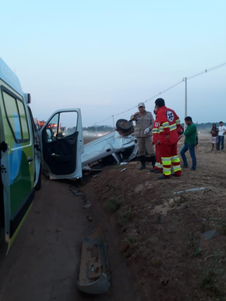 Homem morre em grave colisão com carreta na BR-163