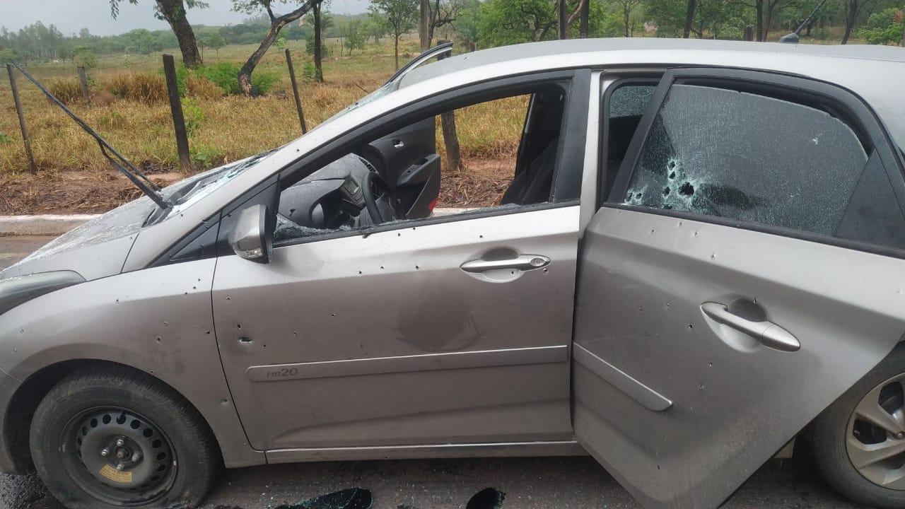 4 bandidos morrem em confronto com a Força Tática; Veja imagens
