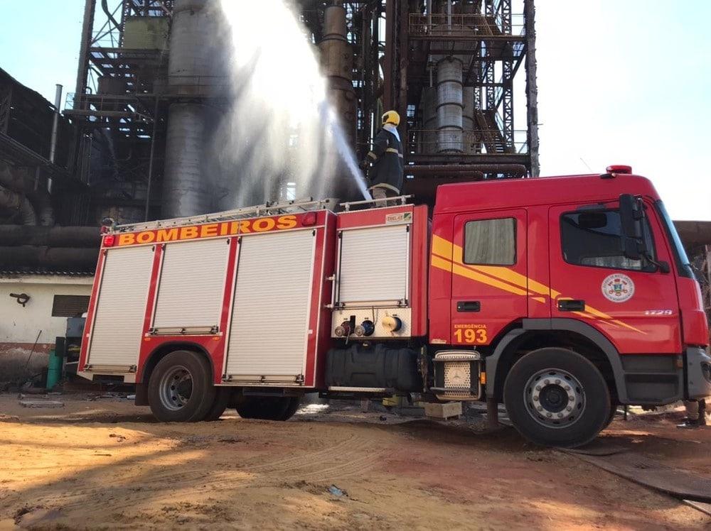 URGENTE: 3 trabalhadores ficam feridos após explosão de usina