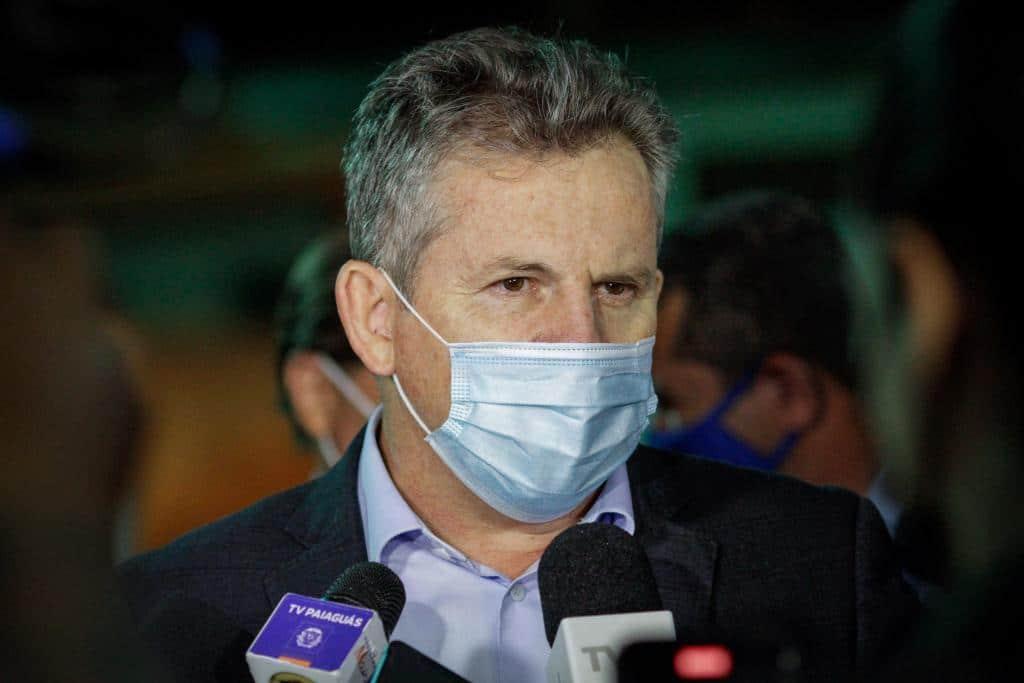Governador sanciona lei que autoriza retorno parcial aos estádios