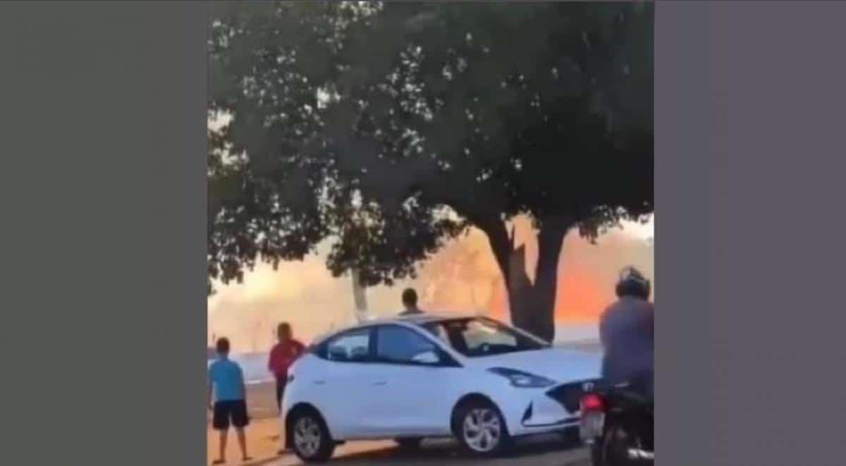 Fundos de aeroporto mato-grossense é atingido por grande incêndio
