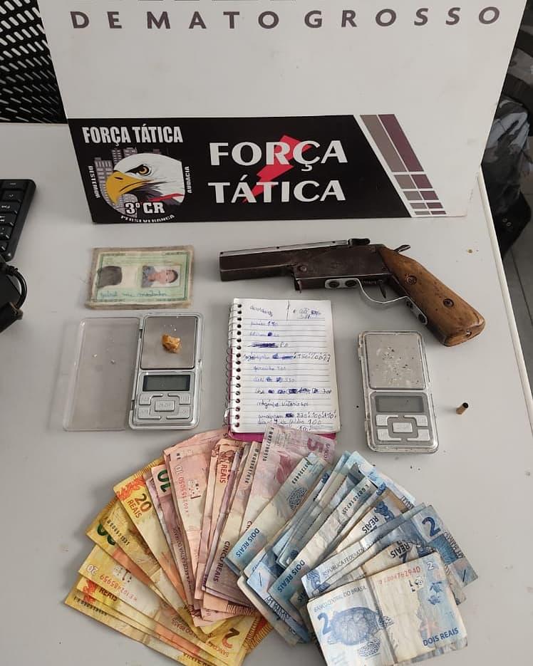 PM apreende arma de fogo e droga durante abordagem em Sinop