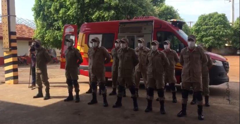 Bombeiros recebem nova ambulância para atendimentos pré-hospitalares 4